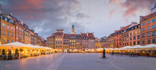 Wall Mural - Old town square in Warsaw, Poland