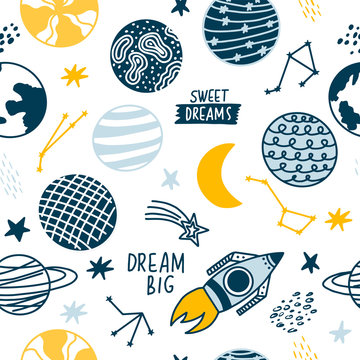 Seamless pattern of space elements