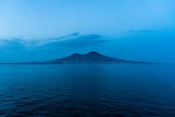 Türaufkleber Neapel The Vesuvius in Naples view from the sea