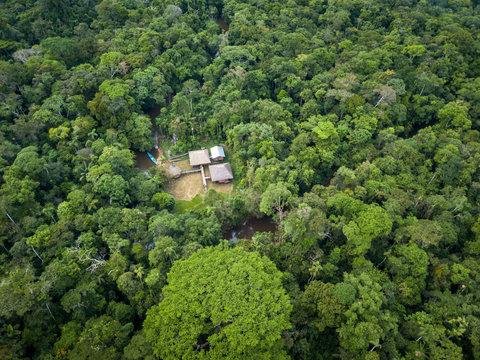Lodge en la amazonia