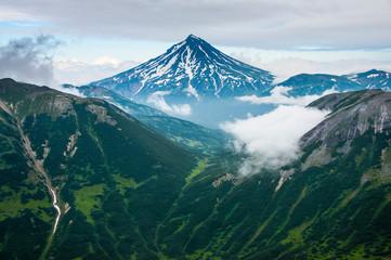 Russia, Kamchatka, Aerial view of Vilyuchinsk volcano Fototapete