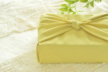 風呂敷包み 和紙