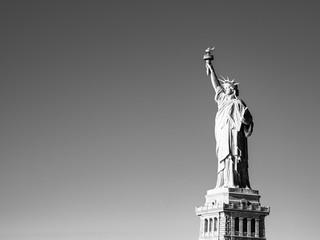 ニューヨーク 自由の女神 モノクロ