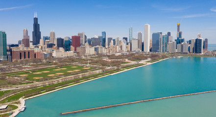 Fotomurales - Beautiful Clear Day Aerial View Lake Shore Drive Chicago Illinois Skyline