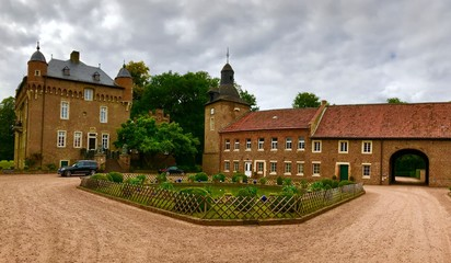 Schloss Loersfeld in Kerpen/Sindorf (Nordrhein-Westfalen)