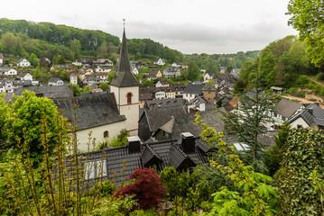 Blankenheim in der Eifel von der Grafenburg aus gesehen