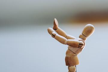 Mannequin en bois pour apprendre à dessiner le corps humain
