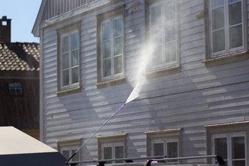 High Pressure Cleaning of Wall House