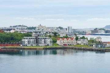 Einfahrt in den Hafen von Ålesund, Norwegen