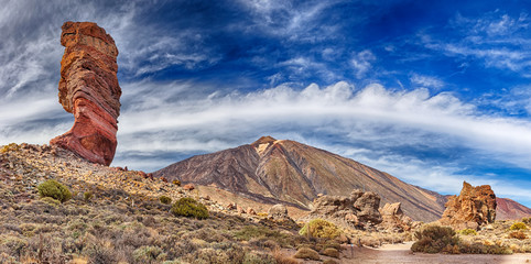 Rock formation Roque cinchado in front of volcano Teide (Tenerife, Canary Islands) - Panoramic view