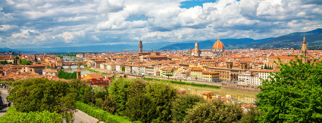 Aluminium Prints Florence Panorama of Florence. Saint Mary of the Flower in Florence and medieval stone bridge Ponte Vecchio over Arno river in Florence, Tuscany, Italy. Florence cityscape. Florence architecture and landmark.