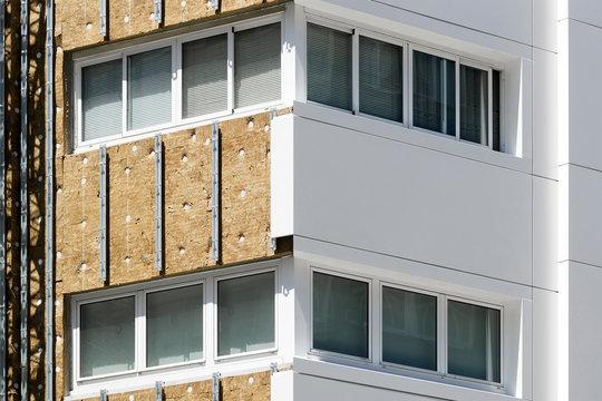 aluminium composite panels to repair  restore building  facade