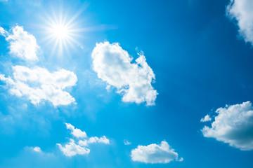 【写真素材】 青空 空 雲 夏の空 背景 背景素材 7月 コピースペース