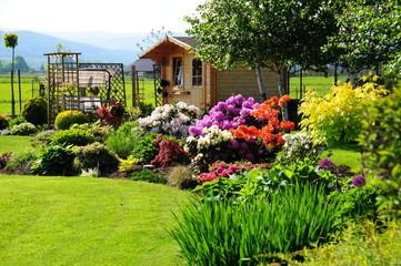 Obraz Altanka letnia w ogrodzie  - fototapety do salonu