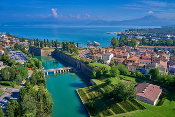 Aerial photography with drone. Beautiful view of the city of Peschiera del Garda, Italy. Fototapete