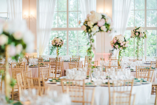 Luxury wedding table decoration. Special event table set up. Fresh flower decoration.