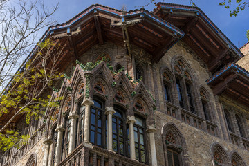 Spoed Foto op Canvas Milan Neo-Gothic house, it looks like an enchanted mansion, Facades and traditional architecture in the old town of Barcelona, Spain