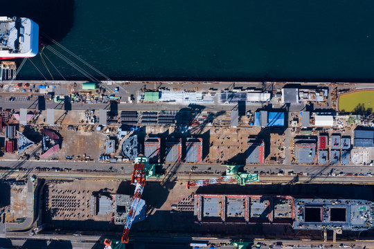 大きな港の風景 空撮