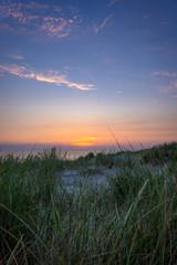 Sonnenuntergang in den Dünen genießen