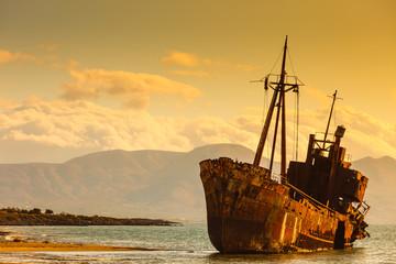 Foto auf AluDibond Schiff The famous shipwreck near Gythio Greece