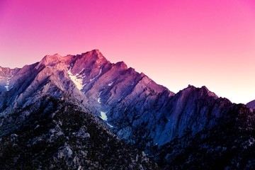Photo sur Aluminium Rose banbon sunset in mountains