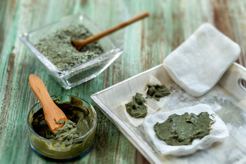 Clay Spa and medical concept: Clay Poultice Use It to Relieve Inflammation,for abscess,cyst,arthritis,Skincare benefiton green background