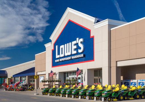 Lowe's Home Improvment Warehouse Exterior