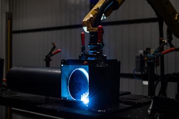 Fototapeta robotyka- spawanie obraz