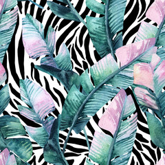 Keuken foto achterwand Aquarel Natuur Banana leaf on animal print seamless pattern. Unusual tropical leaves, tiger stripes background