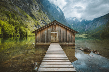 Fototapete - Old boat house at Lake Obersee in summer, Bavaria, Germany
