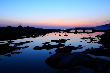 鴨ヶ浦の夜明け、石川県輪島市にて