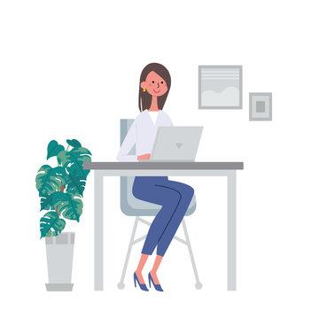 パソコンで仕事をする女性 イラスト 笑顔