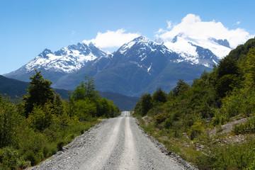 Camino en la patagonia chilena