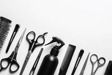 Tuinposter Kapsalon Composition with scissors and other hairdresser's accessories on white background, top view