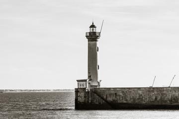 Saint-Nazaire - Le Phare du Vieux Môle