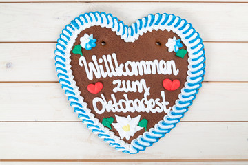 """Willkommen zum Oktoberfest"" Lebkuchenherz"