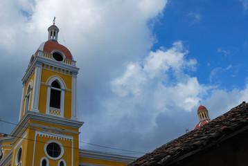 Campanario de la iglesia de granada Nicaragua