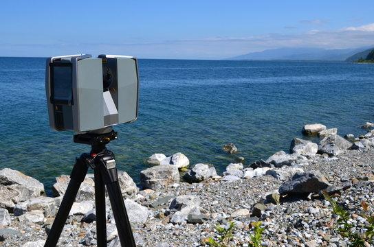 Laser scanning at lake Baikal's shore