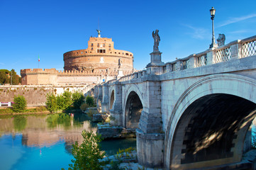 Image of a road to Castel Sant'Angelo castle and view of white Ponte Sant'Angelo bridge Fototapete