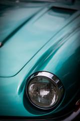 Foto auf Leinwand Oldtimer Headlight of a vintage classic car