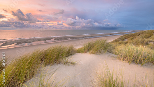 Wall mural View over North Sea from dune