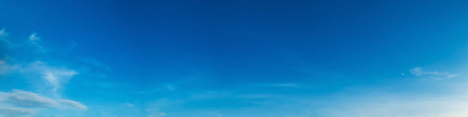 Poster Donkerblauw Panorama sky with cloud on a sunny day. Beautiful cirrus cloud.