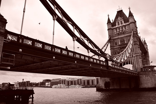 Black and white image of Tower Bridge in London.