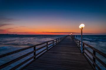 Seebrücke Scharbeutz zum Sonnenaufgang