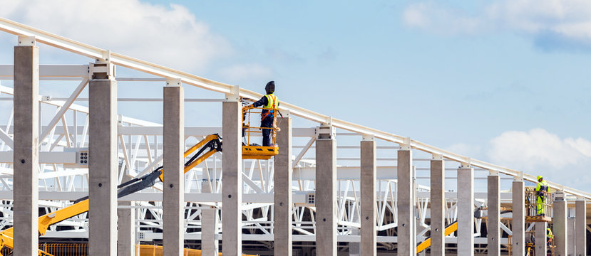 Installation of reinforced concrete columns and metal structures