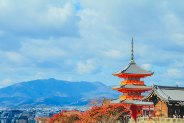 Papiers peints Kyoto Kiyomizu-dera temple is azenbuddhist templein autum season and one of the most popular buildings inKyoto Japan.