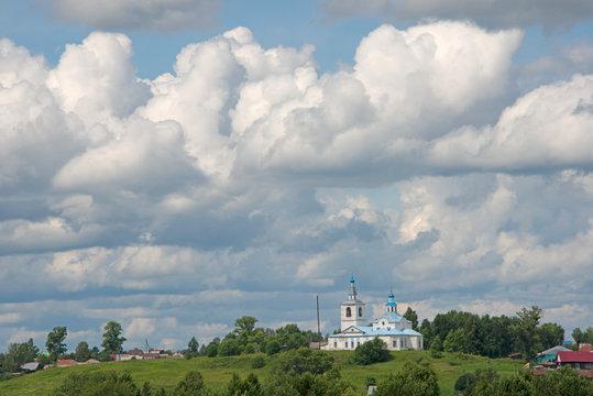 LANDSCAPE - russian village in sun day