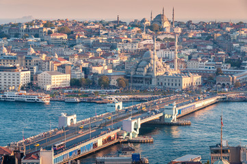 Beautiful aerial view of Istanbul historic centre with Galata bridge Fototapete