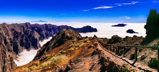MIrador Roque de los Muchachos - La palma, Canary islands. popular tourist attraction Fototapete