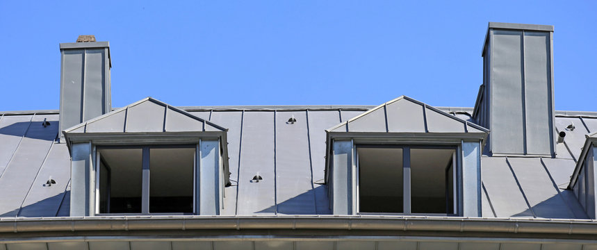 Metal standing seam roof (panoramic image)